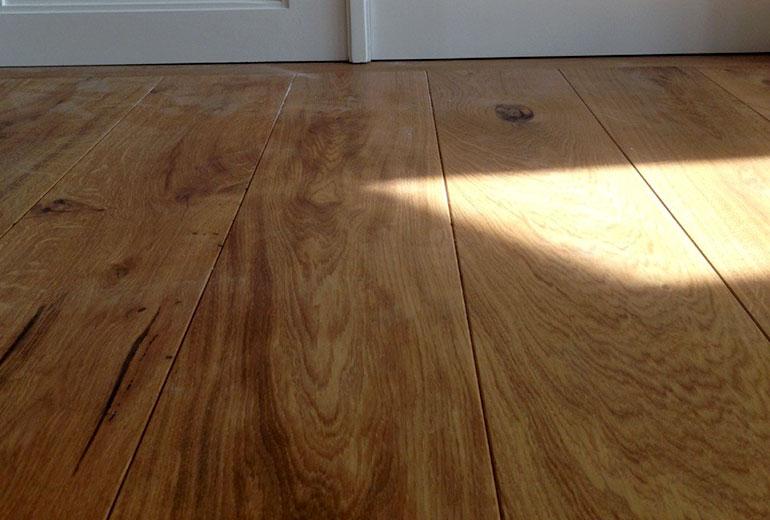 Ege gulv   holdbart, stækrt og hårdt eg gulv